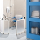 7-impey-easy-access-bathing-door-set-blue-seat