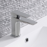 3-roperrhodes-tapsshowers-elate-tap-lifestyle