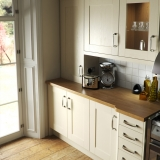 4-chippendale-kitchens-contemporary-ivory-painted-wood-shaker