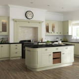 14-chippendale-kitchens-traditional-in-frame-painted-green