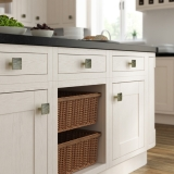 15-chippendale-kitchens-traditional-in-frame-painted-ivory