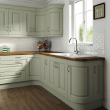 9-chippendale-kitchens-traditional-heritage-painted-green